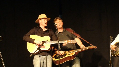 Martin Gross et son guitariste chanteur Mathias